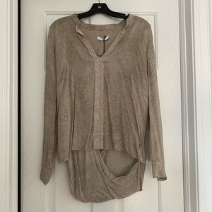 New blouse from Europe Sz M